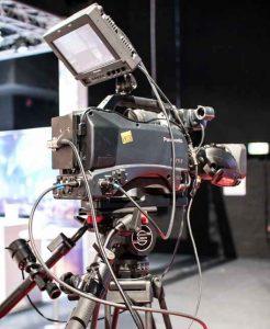 Webcast Tagung: Ein einfaches Abfilmen der Leinwand mit einer Kamera reicht meistens nicht.